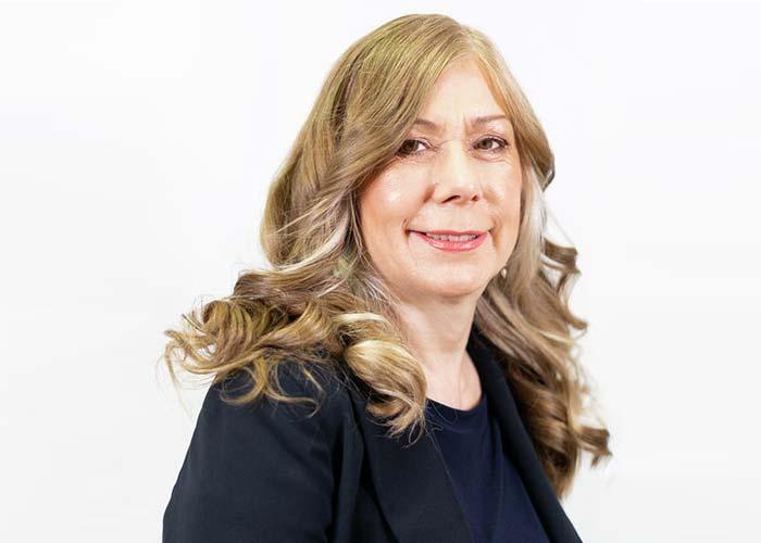 Andrea De'Lacey